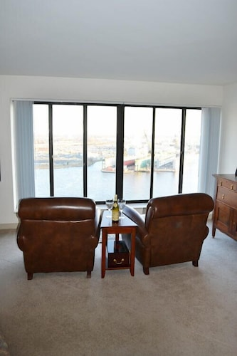 Living Room, National at Harbor Tower Portsmouth