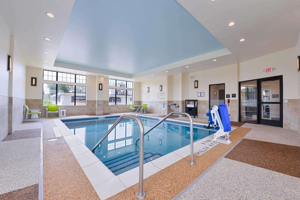 Pool, Hampton Inn Pittsburgh / Wexford-Sewickley