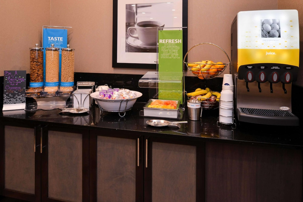 Breakfast Meal, Hampton Inn Pittsburgh / Wexford-Sewickley