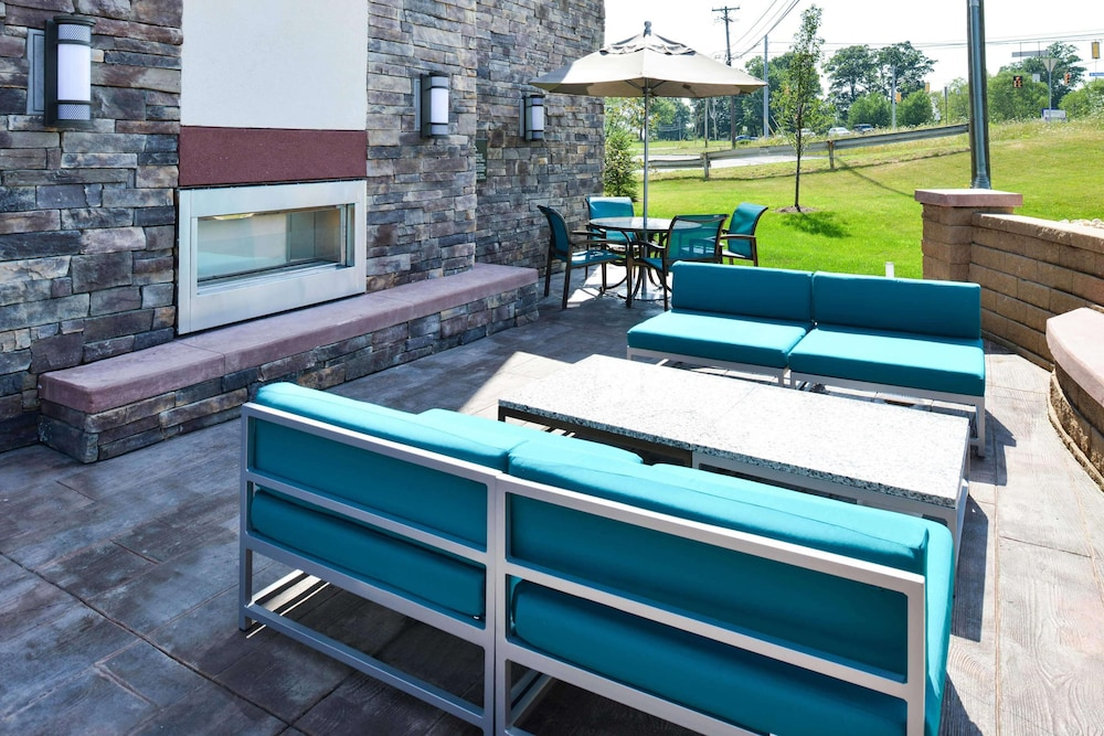 Terrace/Patio, Hampton Inn Pittsburgh / Wexford-Sewickley