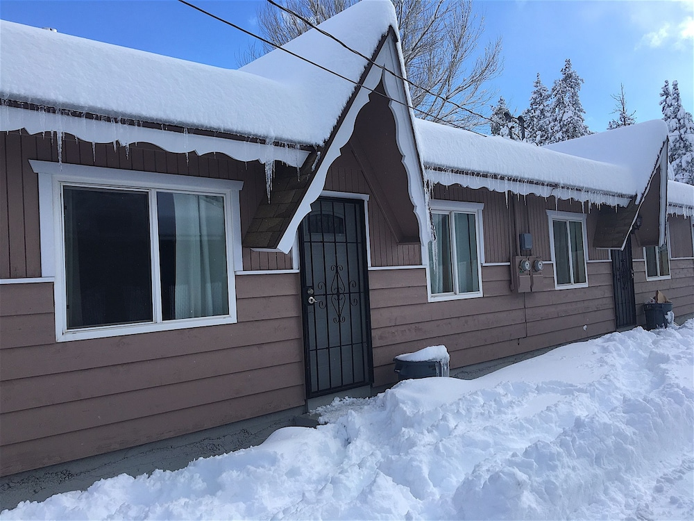 Tao Cabin 20 Or 21 In Big Bear Lake Hotel Rates