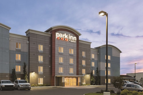 Park Inn by Radisson, Calgary Airport North, AB