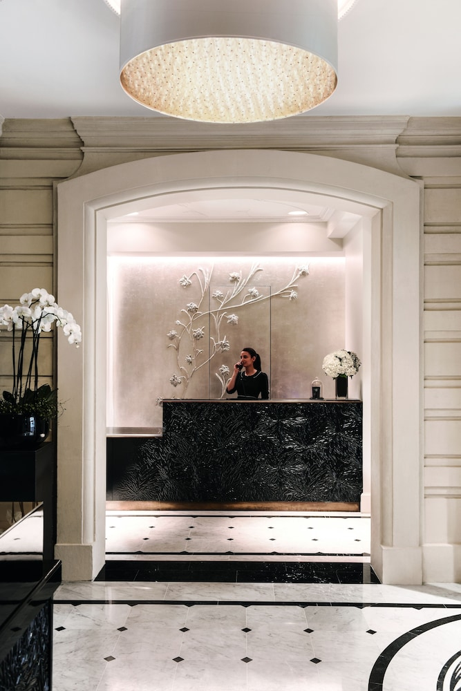 Reception, Hotel Le Narcisse Blanc & Spa