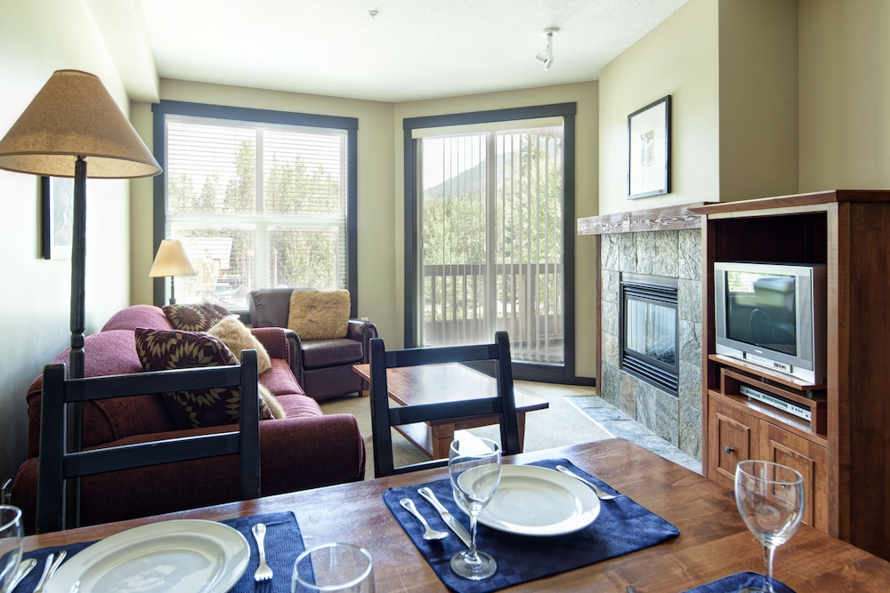 Living Area, Panorama Mountain Resort - Premium Condos and Townhomes