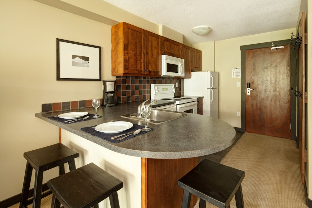 Private Kitchen, Panorama Mountain Resort - Premium Condos and Townhomes