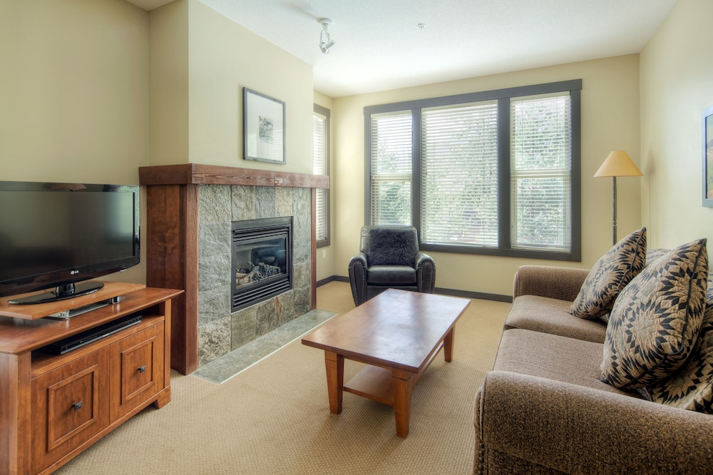 Living Room, Panorama Mountain Resort - Premium Condos and Townhomes