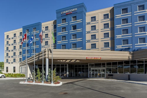 Courtyard by Marriott Montreal West Island/Baie D'Urfe