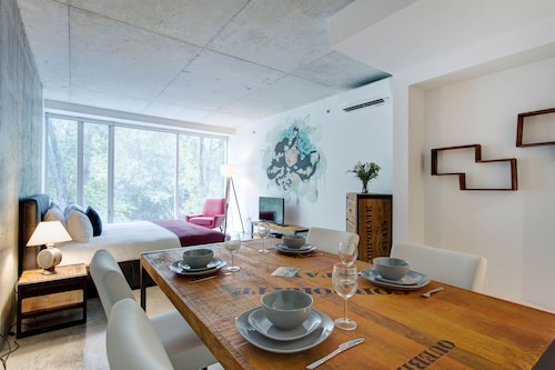 Check Expedia for Availability of Loft4u Apartments by CorporateStays