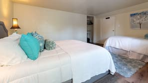 1 bedroom, premium bedding, iron/ironing board, free cots/infant beds