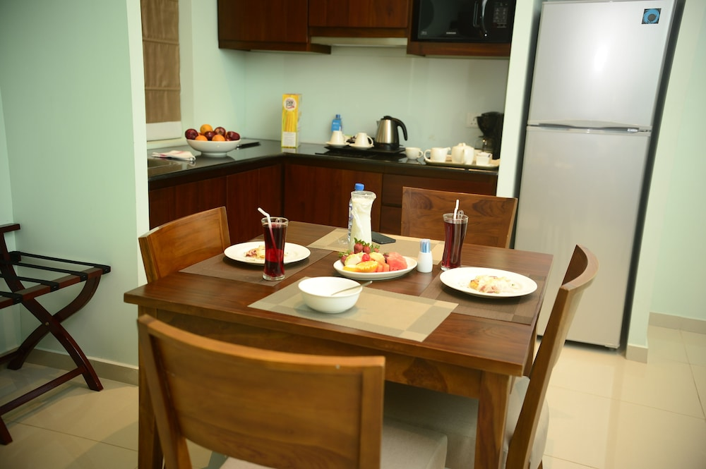 Private Kitchen, Ocean Edge Suites & Hotel Colombo