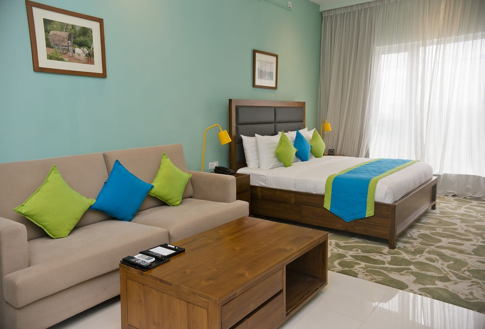 Living Area, Ocean Edge Suites & Hotel Colombo
