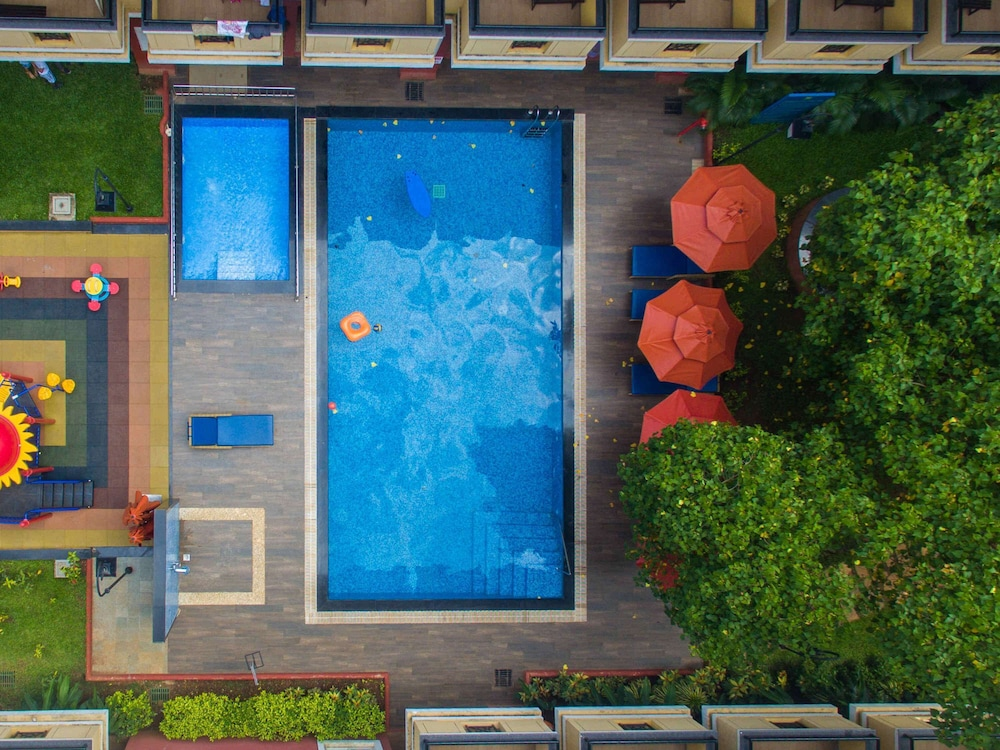 Pool, ibis Styles Goa Calangute - An AccorHotels Brand