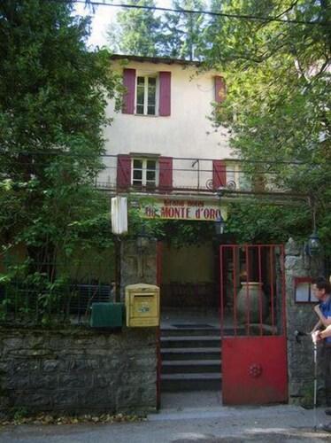 Hôtel-Restaurant Monte d'Oro: 2019 Room Prices $89, Deals ... on