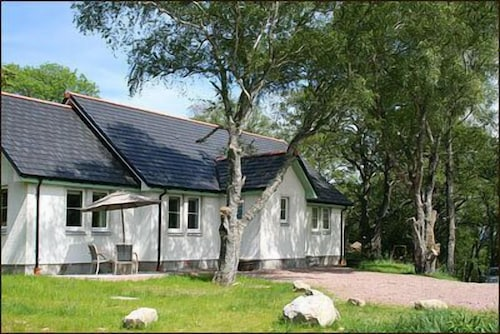BCC Lochness Cottages