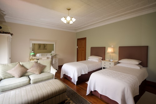 Shani Boutique Hotel