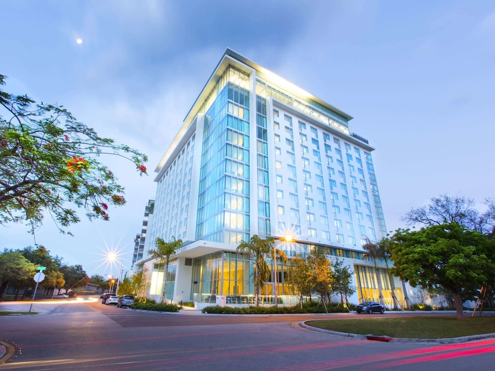 Hotels Near Dadeland Mall Miami