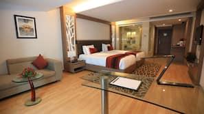1 Schlafzimmer, Minibar, Zimmersafe, Schreibtisch