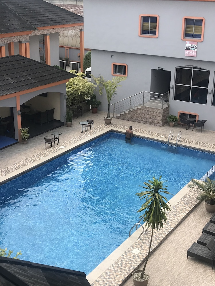 Indoor Pool, Warri Wetland Hotel