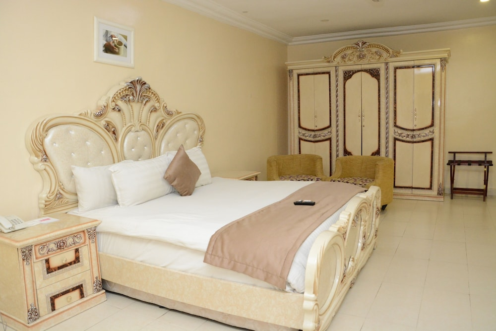 Room, Warri Wetland Hotel