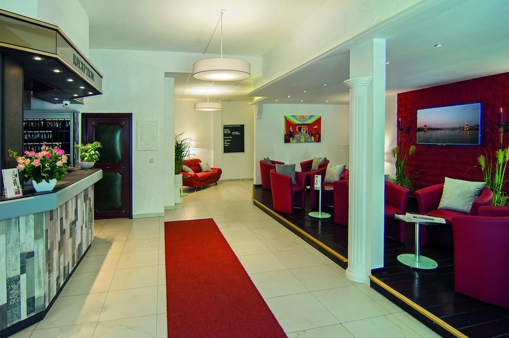 hotel erotikzimmer silberhaus meckenheim
