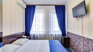 Zimmersafe, kostenpflichtige Zustellbetten, kostenloses WLAN, Bettwäsche