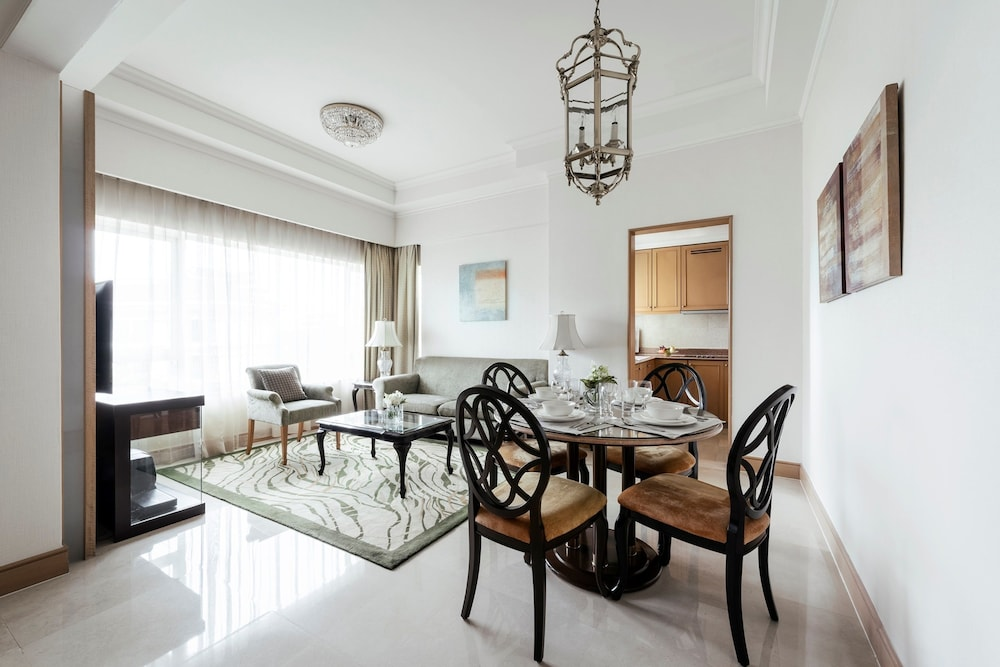 Living Area, Shangri-La Apartments