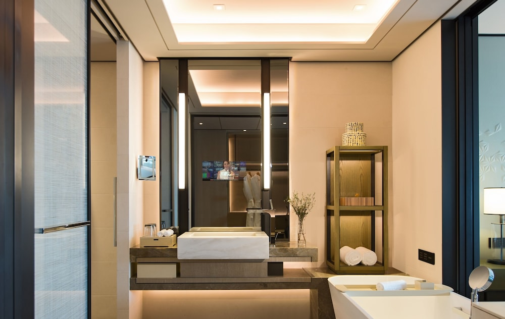 Deep Soaking Bathtub, Shenzhen Marriott Hotel Nanshan