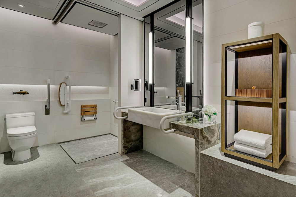 Bathroom, Shenzhen Marriott Hotel Nanshan