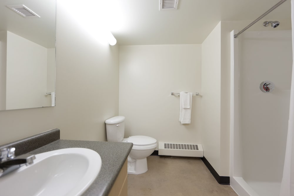 Hotels Near The Royal Alexandra Hospital Edmonton Ab