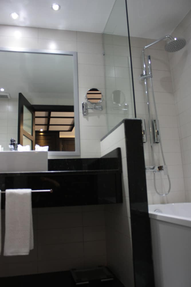 Bathroom Sink, Savoy Hotel Boutique Las Terrenas