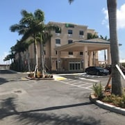 Holiday Inn Express Suites Boynton Beach West