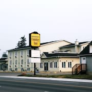 Didsbury Country Inn (15km from Olds)