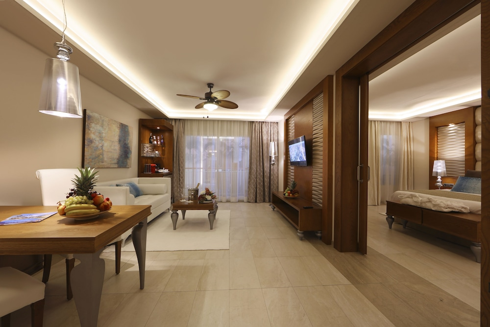 majestic create your own bedroom games. NEW Majestic Mirage Punta Cana All Suites  Reviews Photos Rates ebookers com