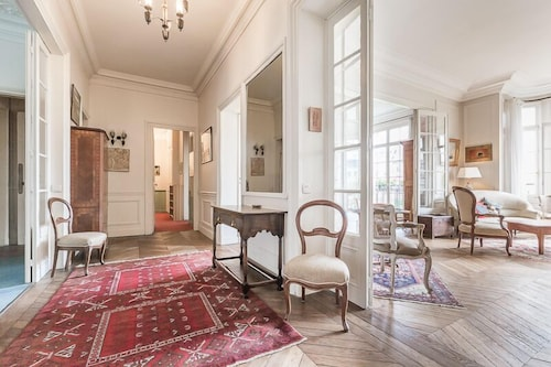 We stay 75015 in paris hotel rates reviews on orbitz for Hotels 75015