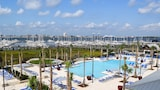 The Beach Club at Charleston Harbor Resort and Marina - Mount Pleasant Hotels