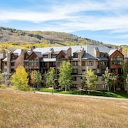 Highlands Slopeside by East West Hospitality