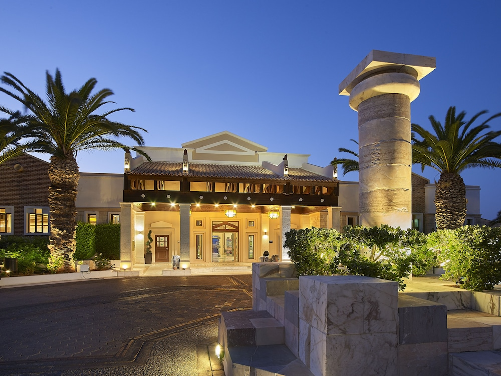 Front of Property - Evening/Night, Aldemar Knossos Royal