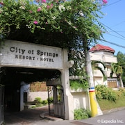 City of Springs Hotel