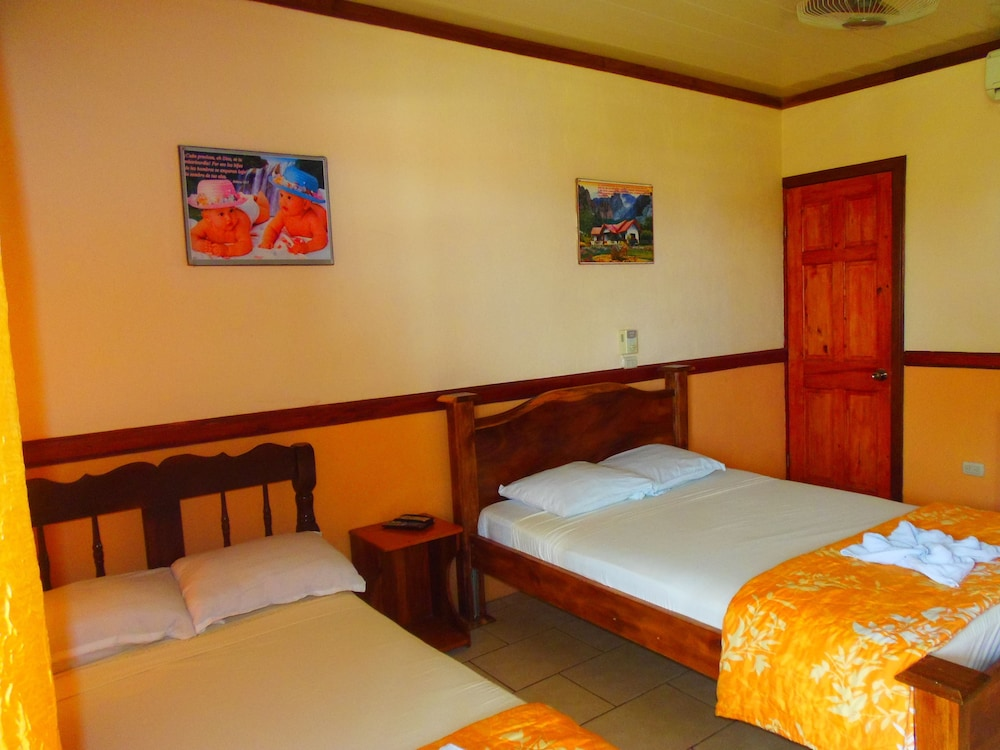 Featured Image, La Carreta - Hostel