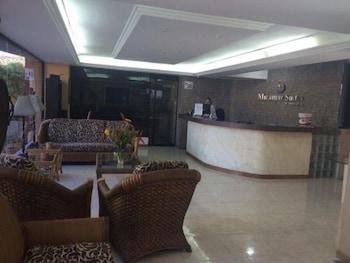 Miramar Suites