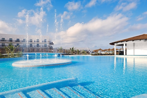 Meliá Dunas Beach Resort & Spa - All Inclusive