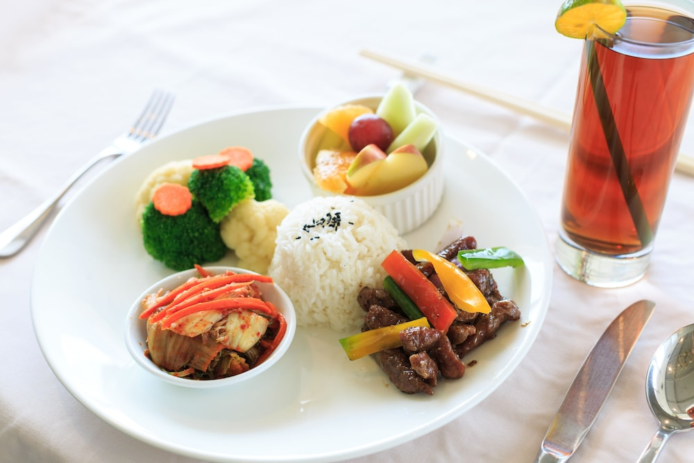 Food and Drink, Palasia Hotel Palau