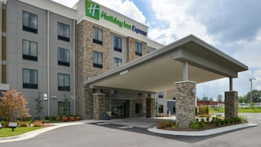 Holiday Inn Express & Suites Bryant - Benton Area, an IHG Hotel