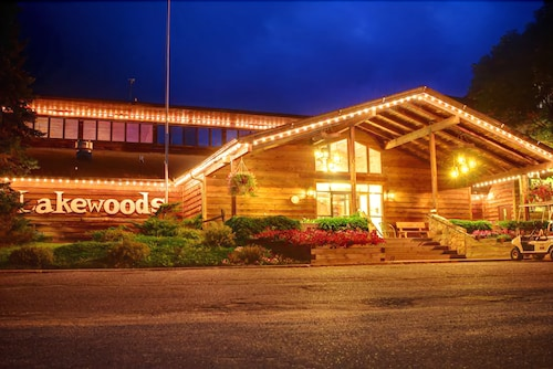Lakewoods Resort & Lodge