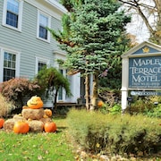Maple Terrace Motel