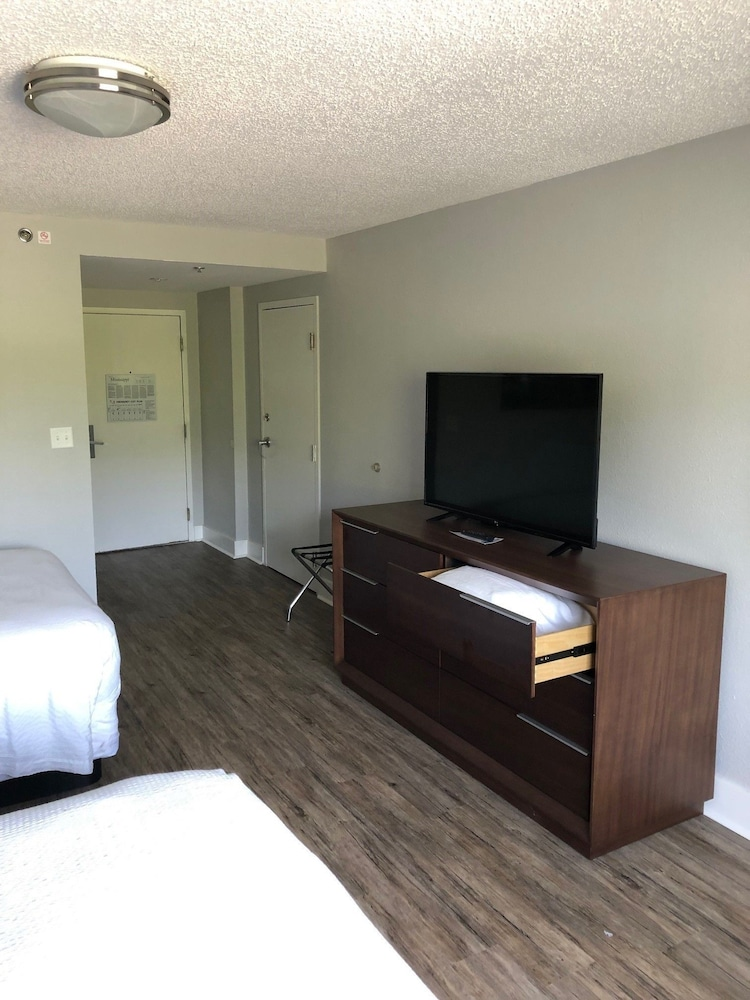 Room, WaterView Casino and Hotel