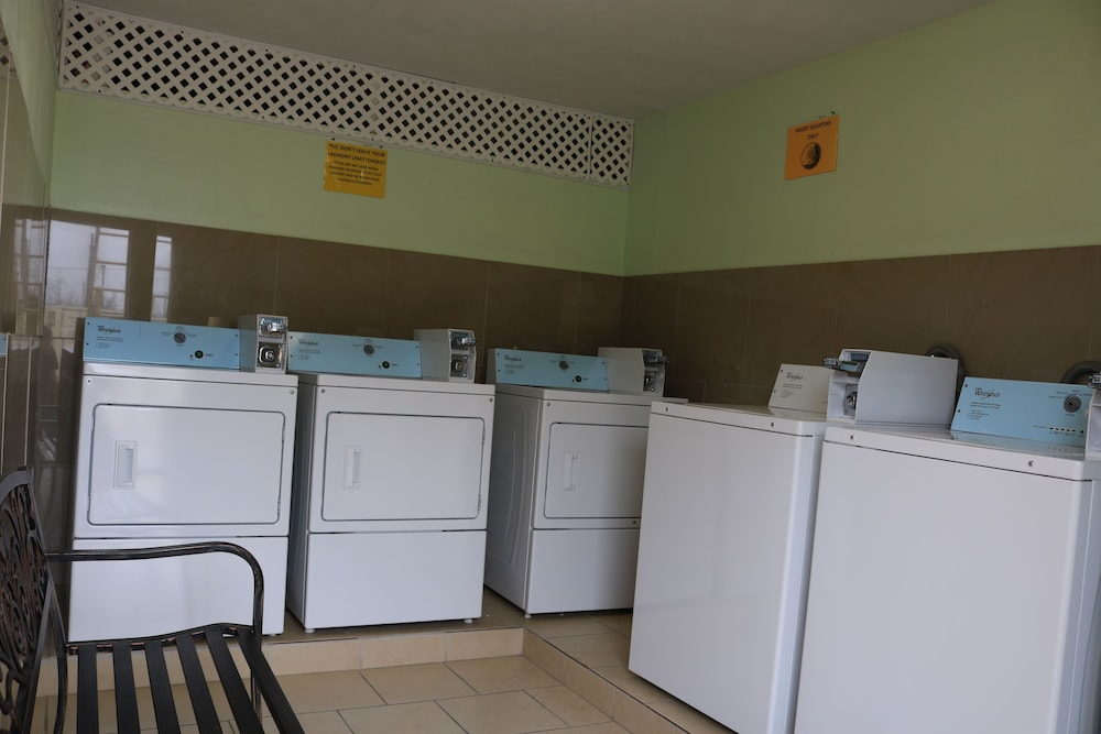 Laundry Room, Great Western Inn