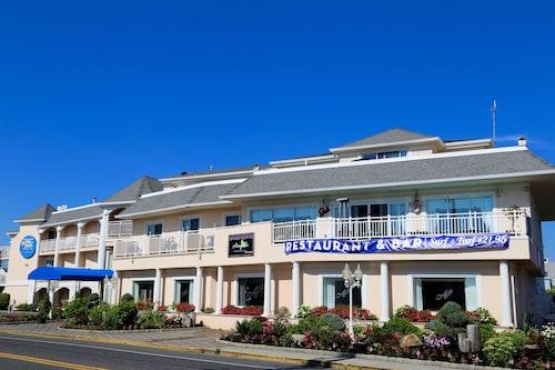 The White Sands Oceanfront Resort Spa