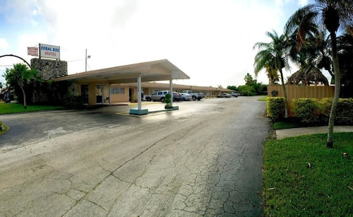 Great Place to stay Coral Roc Motel near Florida City