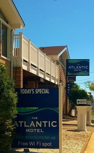Exterior, Atlantic Motel